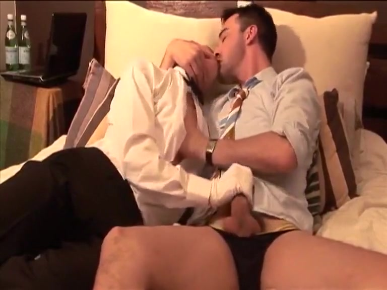 Fucking with lad housekeeper in a hotel Black free naked video