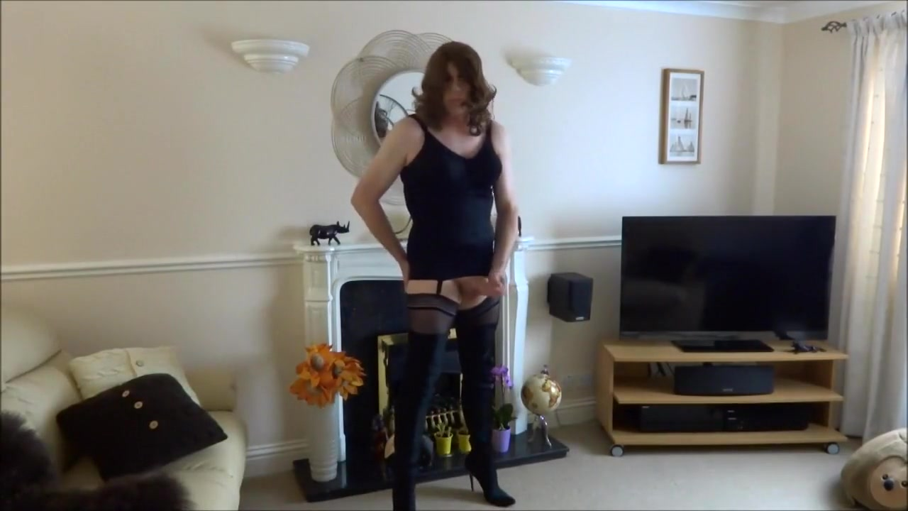 Sexy masturbating crossdresser in thigh boots Full lengh bisexual movies