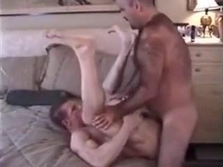 Hairy bear fucking a muscle guy toltal drama island porn
