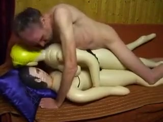 Doppelfick mit Mundspritzen A handful of mature cum