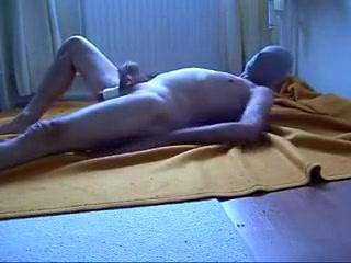 aftrekken en sperma 1st time gay blow job
