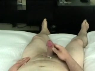 DIY Handjob Cheeky lesbians playing with each other's pussy