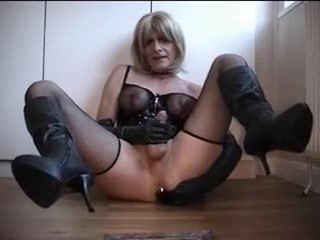 handjob by tranny fetish for the mistress Best Christian Dating Sites 2018 Movies Comedy