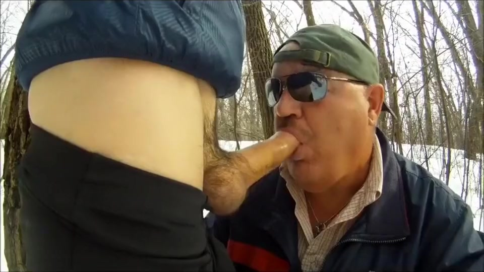 outdoor cock sucking How to make sexy poses