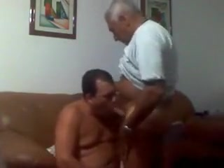 71 years old grandpa Oz slut on slut piss