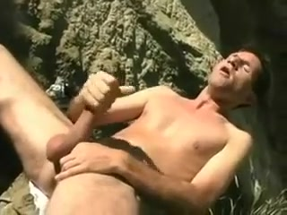Max Masturbates strapon hairy pussyfuck hairy men free video