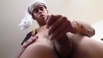 Arabian Cock 3 German bbw masturbates in car